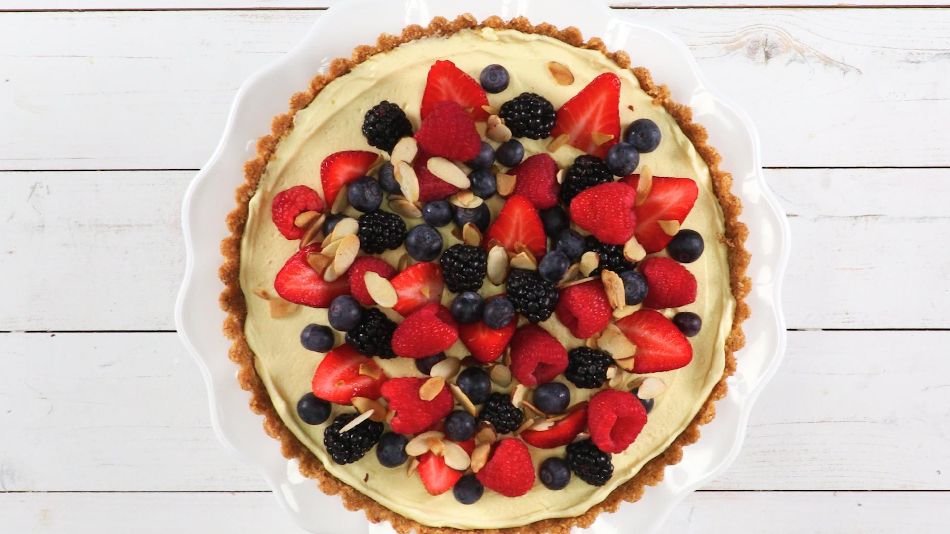 <p>Easy Berry Tart</p>