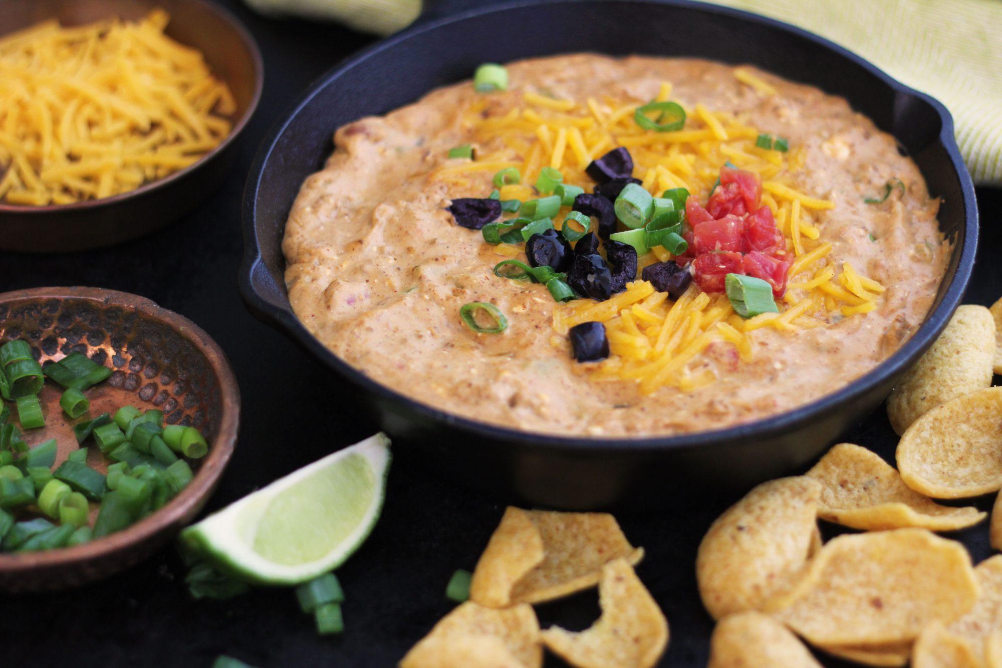 Easy Chili-Bean Dip