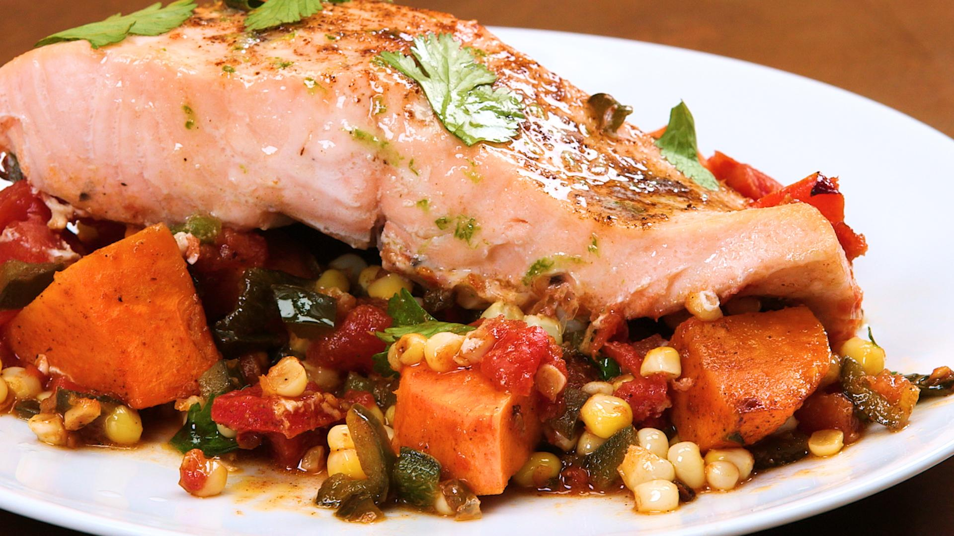 <p>Southwestern Salmon Skillet Supper</p>