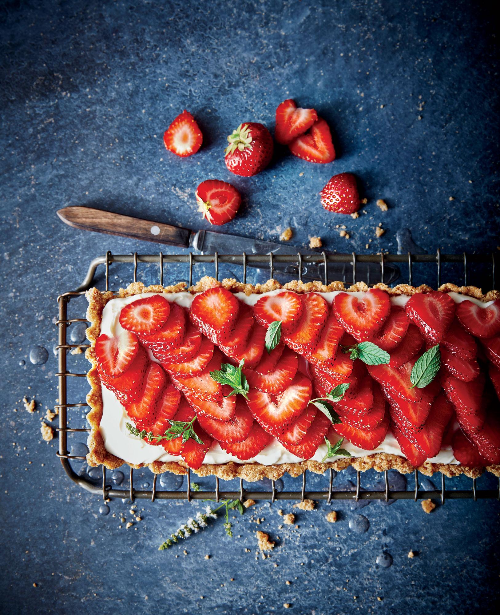Rosé-Glazed Strawberry Tart