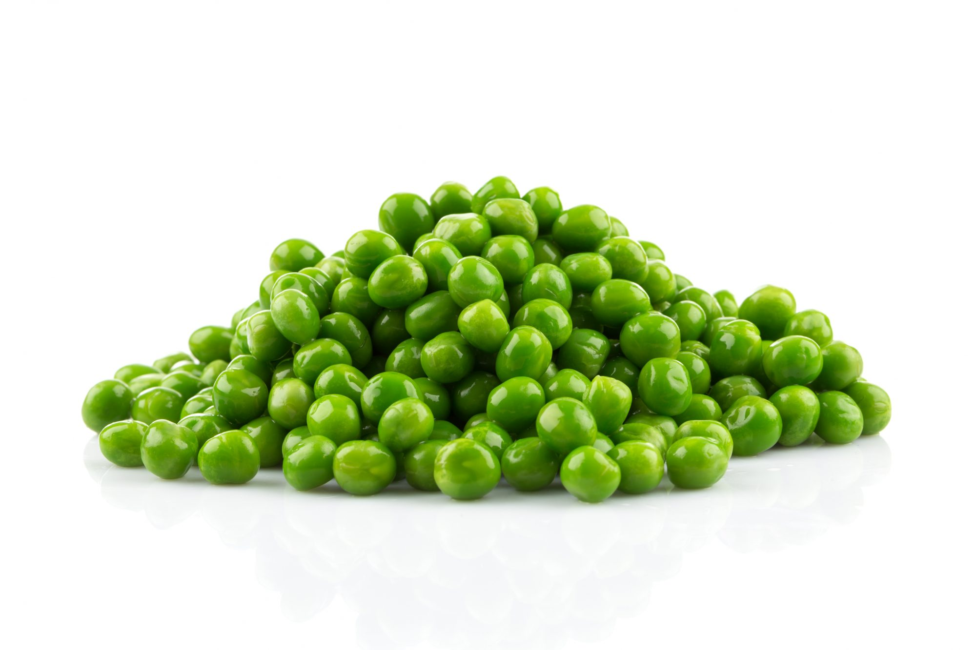 <p>Pile of green wet pea isolated on white background</p>