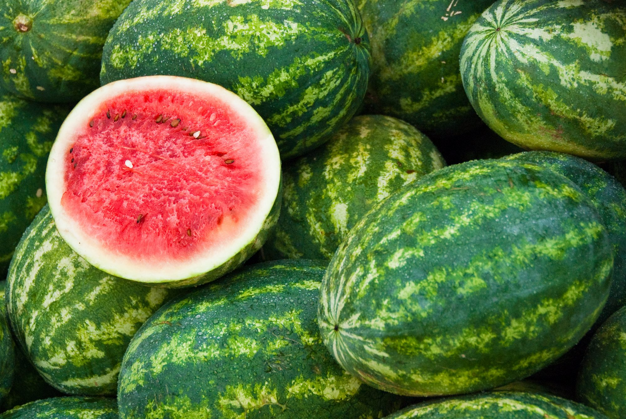 3 Simple Ways to Know if a Watermelon is Ripe