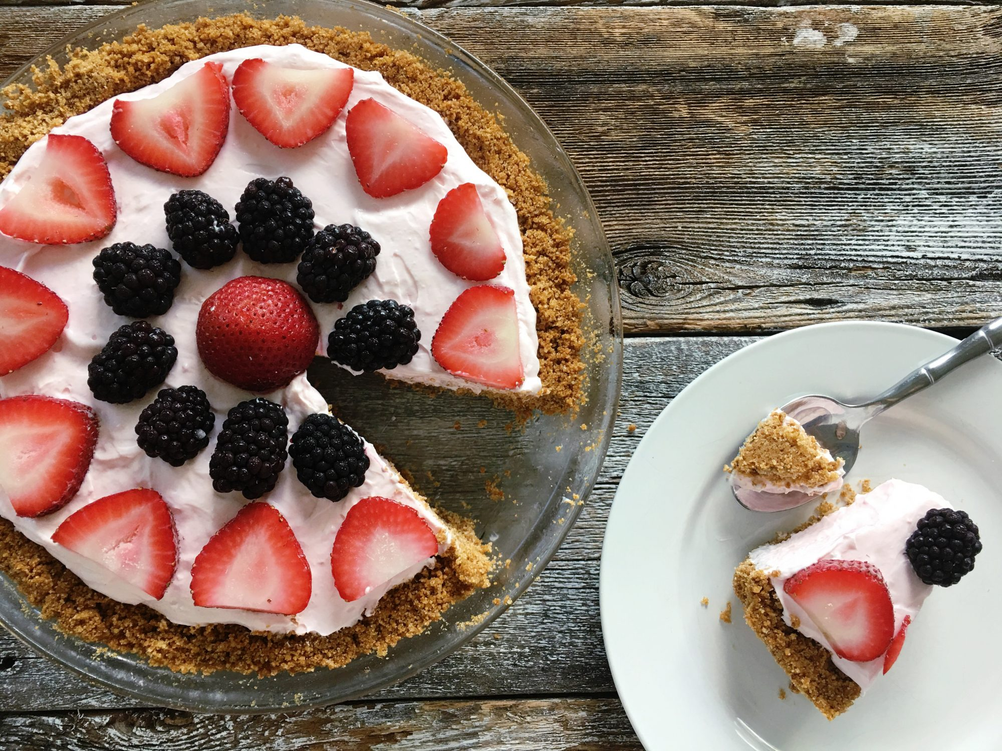 Strawberry Yogurt Cream Pie with Cereal Crust