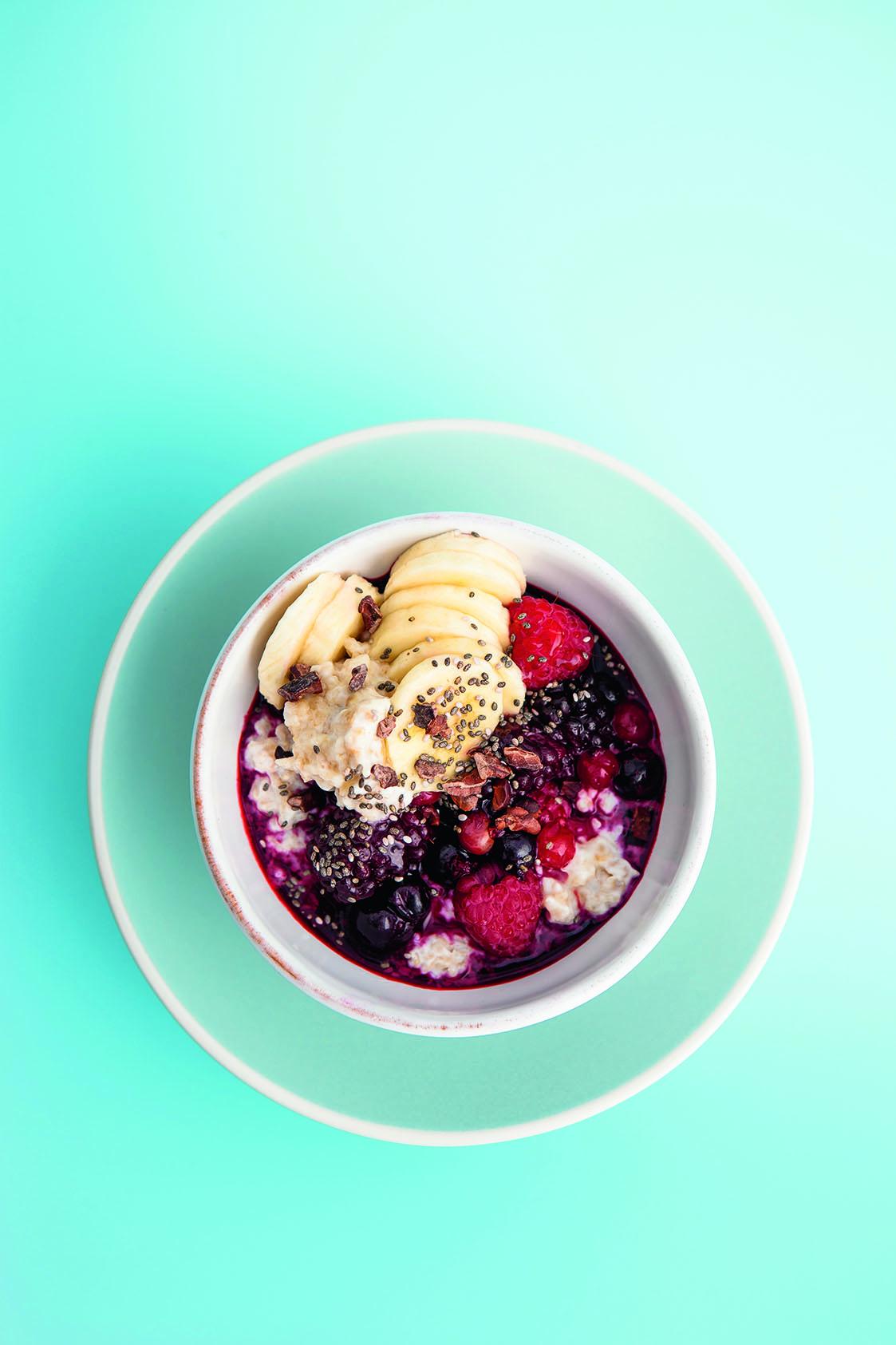 Super Berry Breakfast Bowl