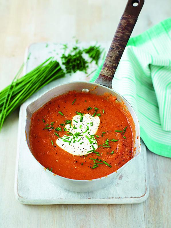 Filling Tomato & Red Lentil Soup