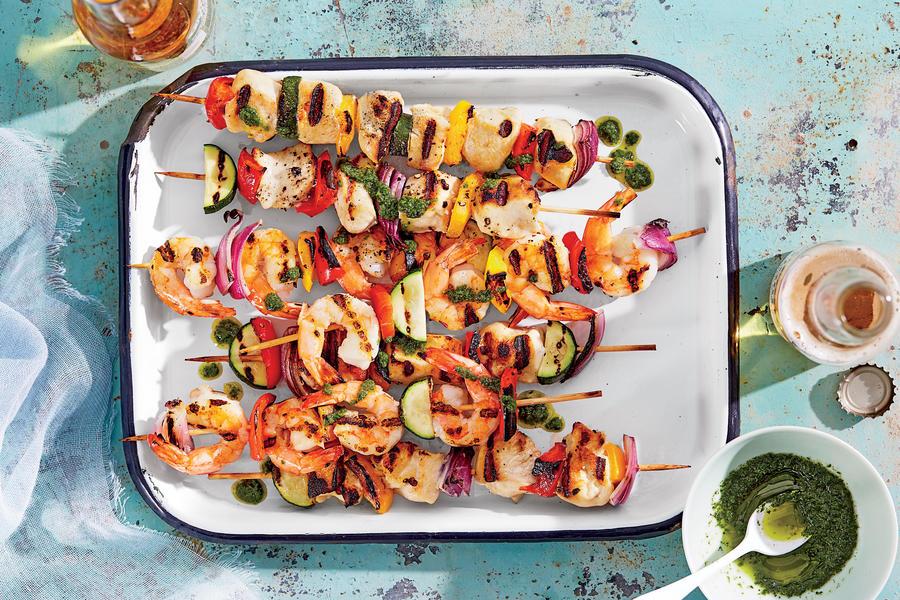 Kebabs; Photographer: Linda Pugliese; Prop Stylist: Kay Clarke; Food Stylist: Anna Hampt