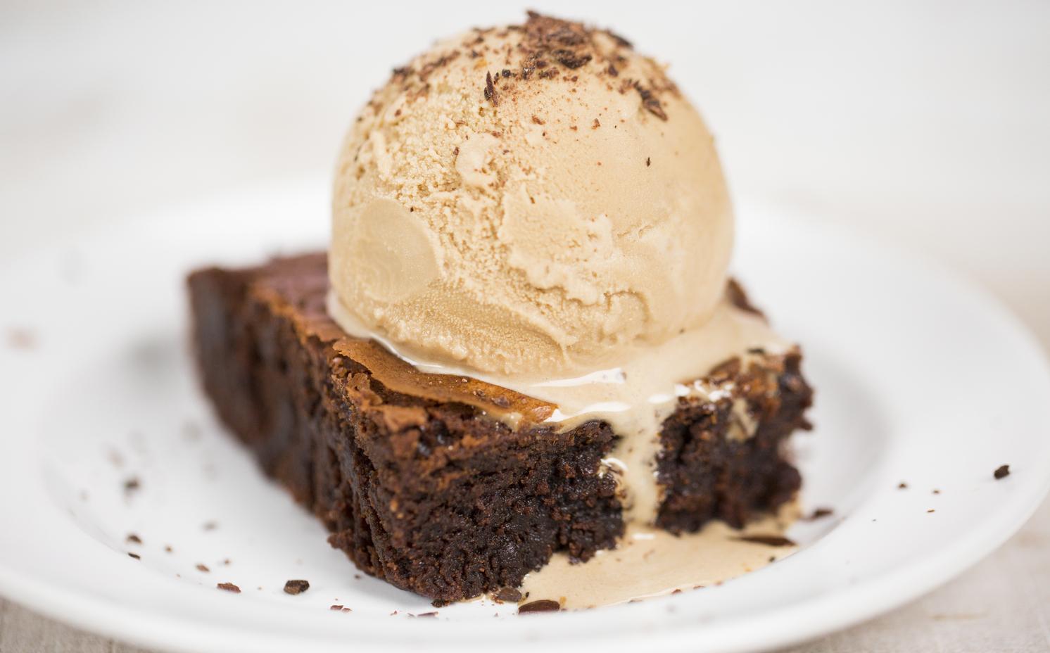 Coffee Flour Brownie à la Mode image