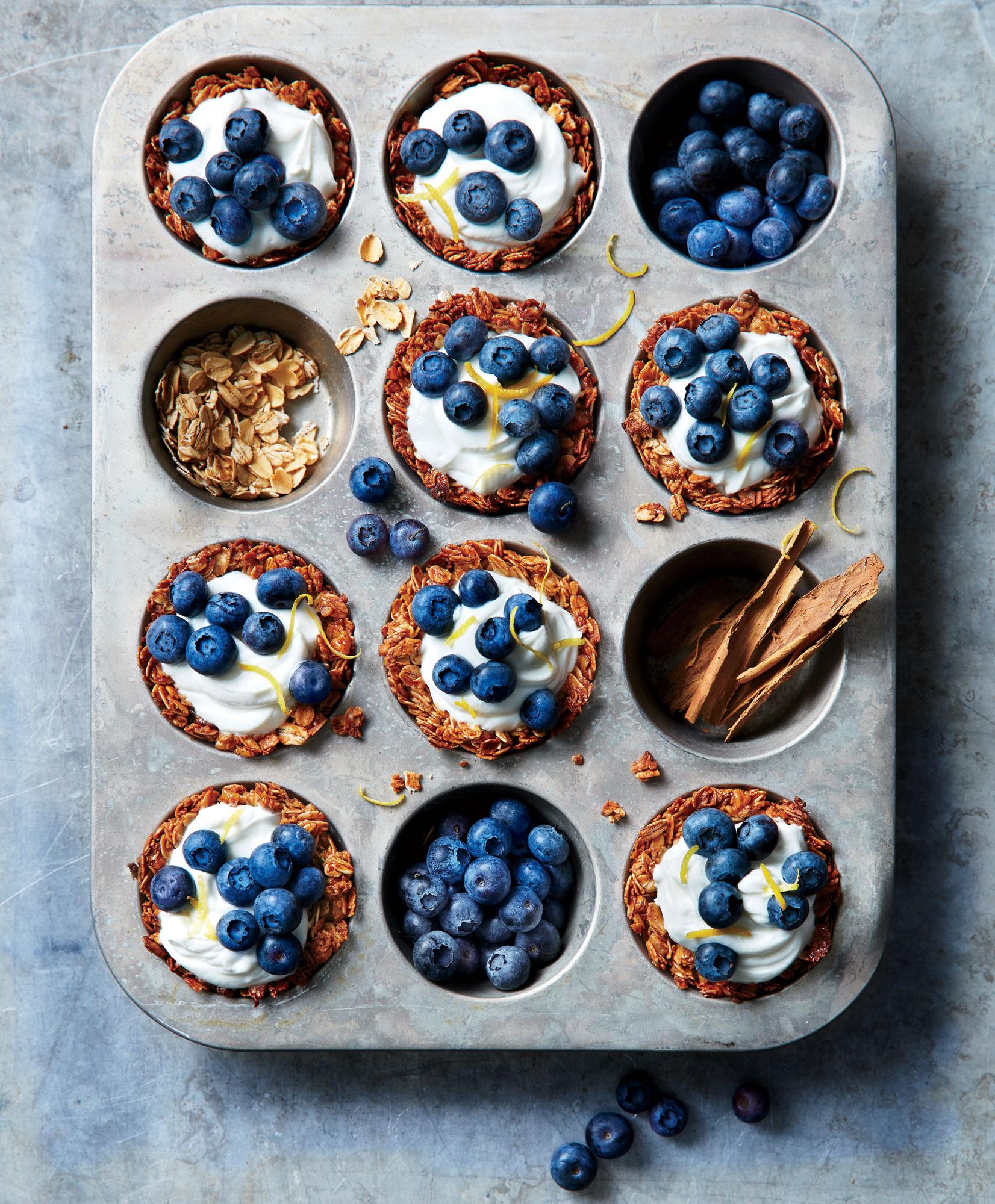 Granola Cups with Yogurt and Berries