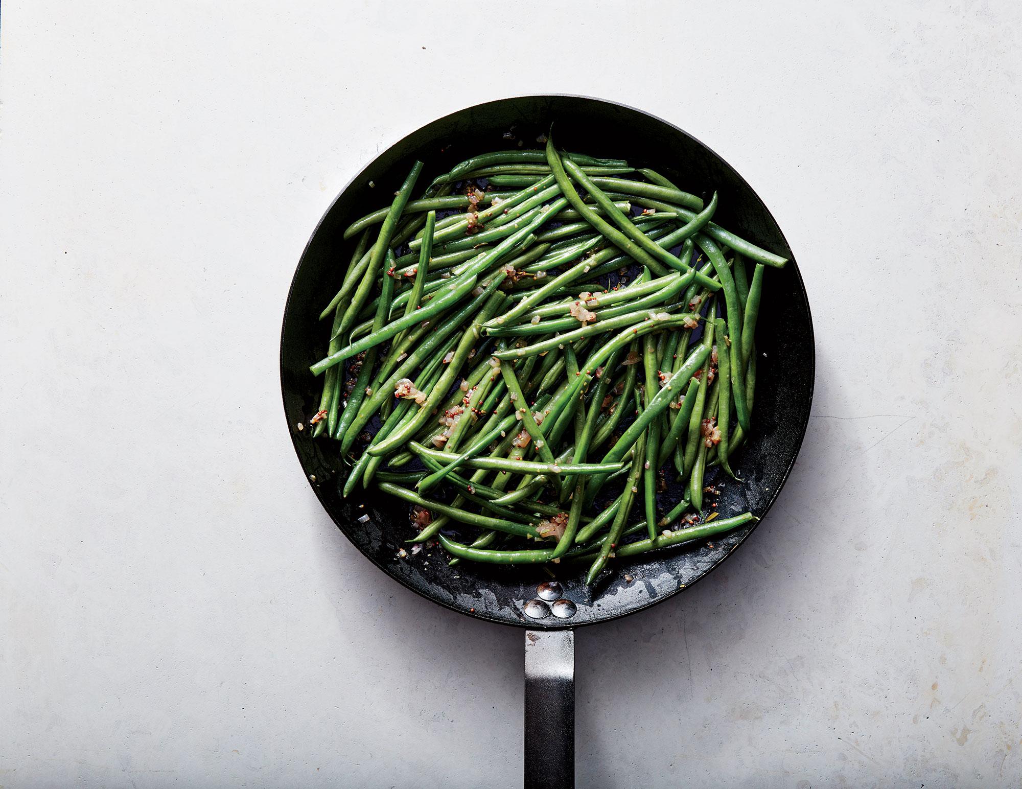 Haricots Verts with Warm Shallot Vinaigrette