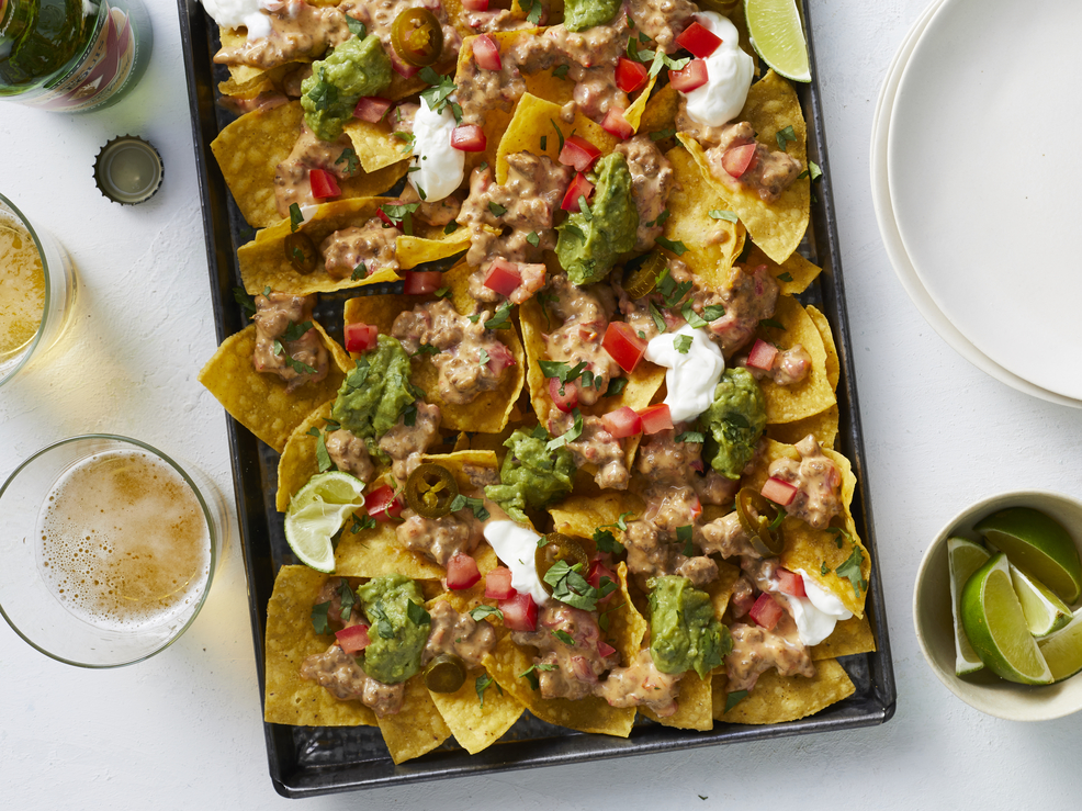 How to Make the Perfect Platter of Nachos