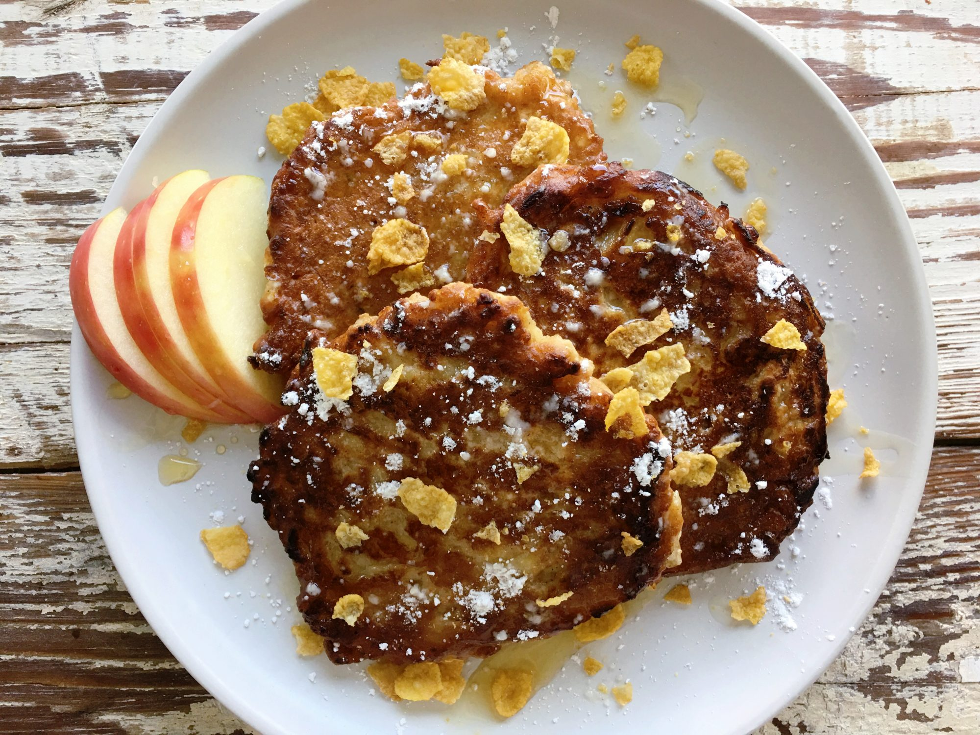 Cornflake-Apple Pancakes