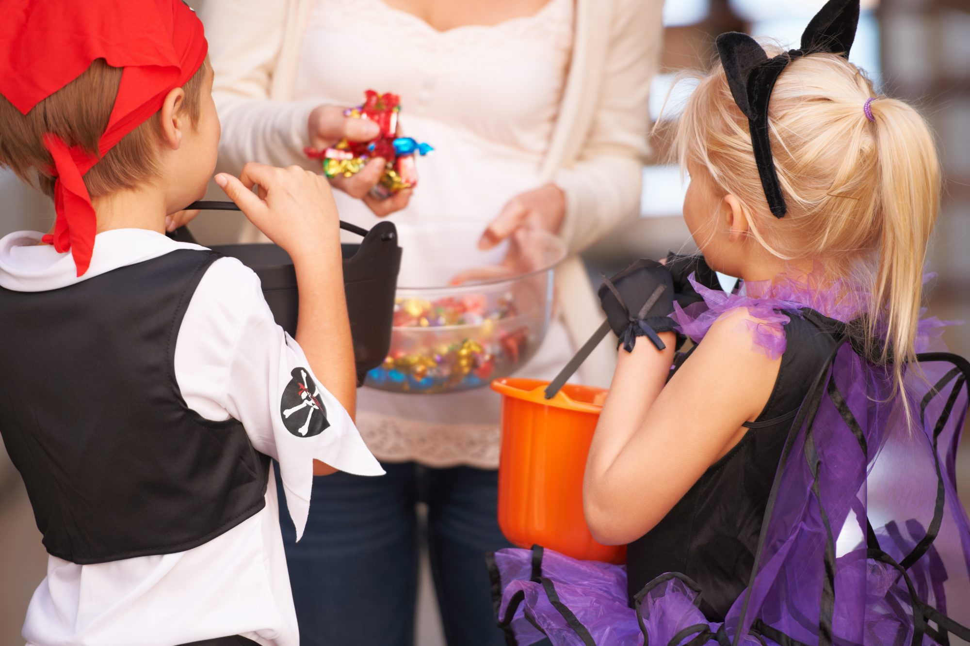 How to Deal With Food Allergies During Halloween