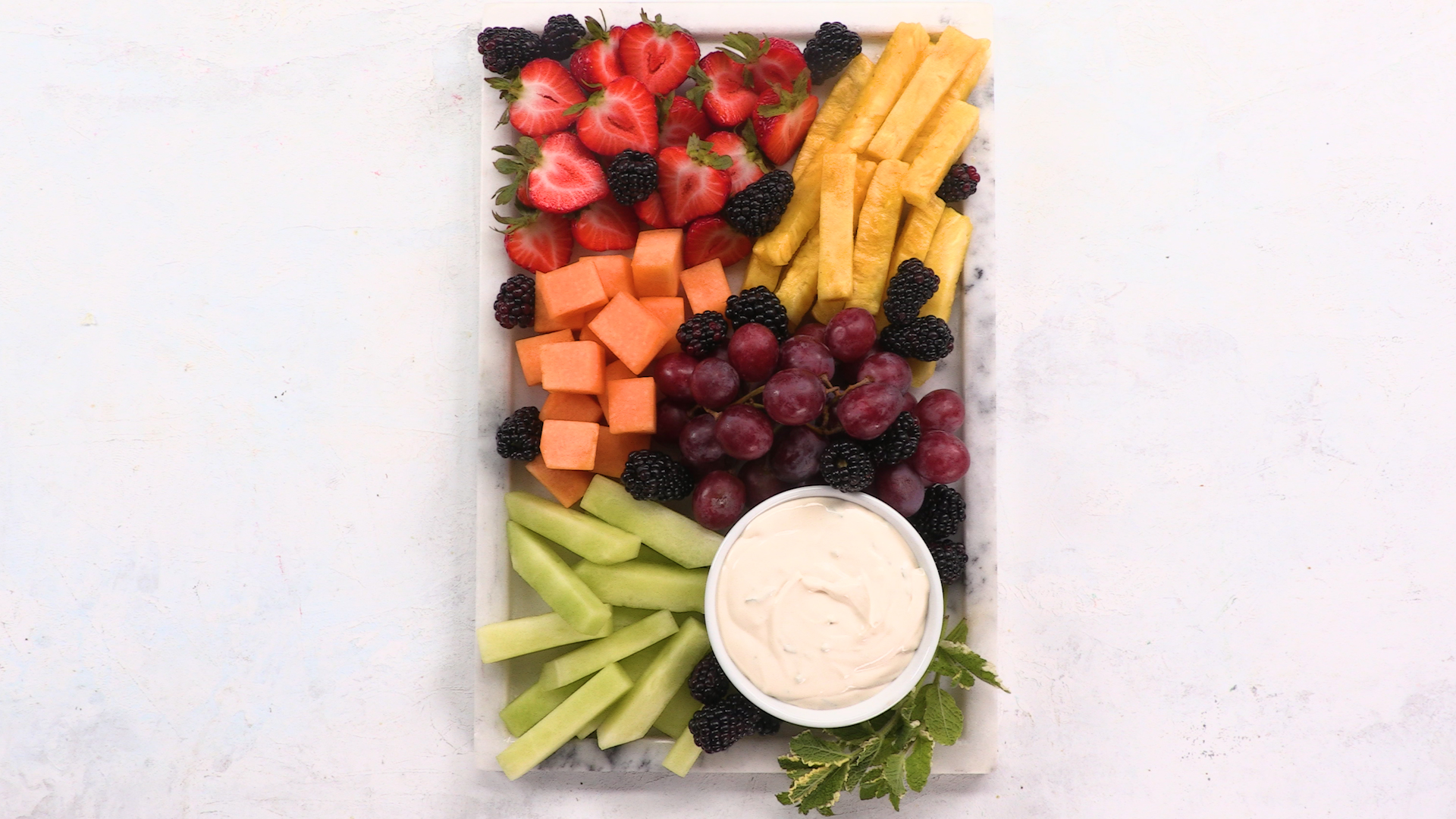 Frudité Platter with Mint-Lime Dip image