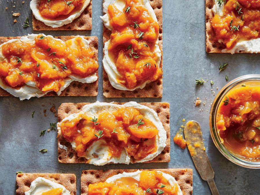 Honey-Bourbon Peach Preserves