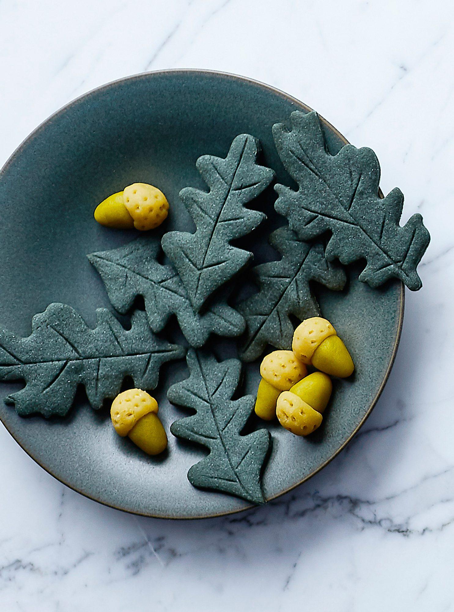 Oak Leaf Cookies
