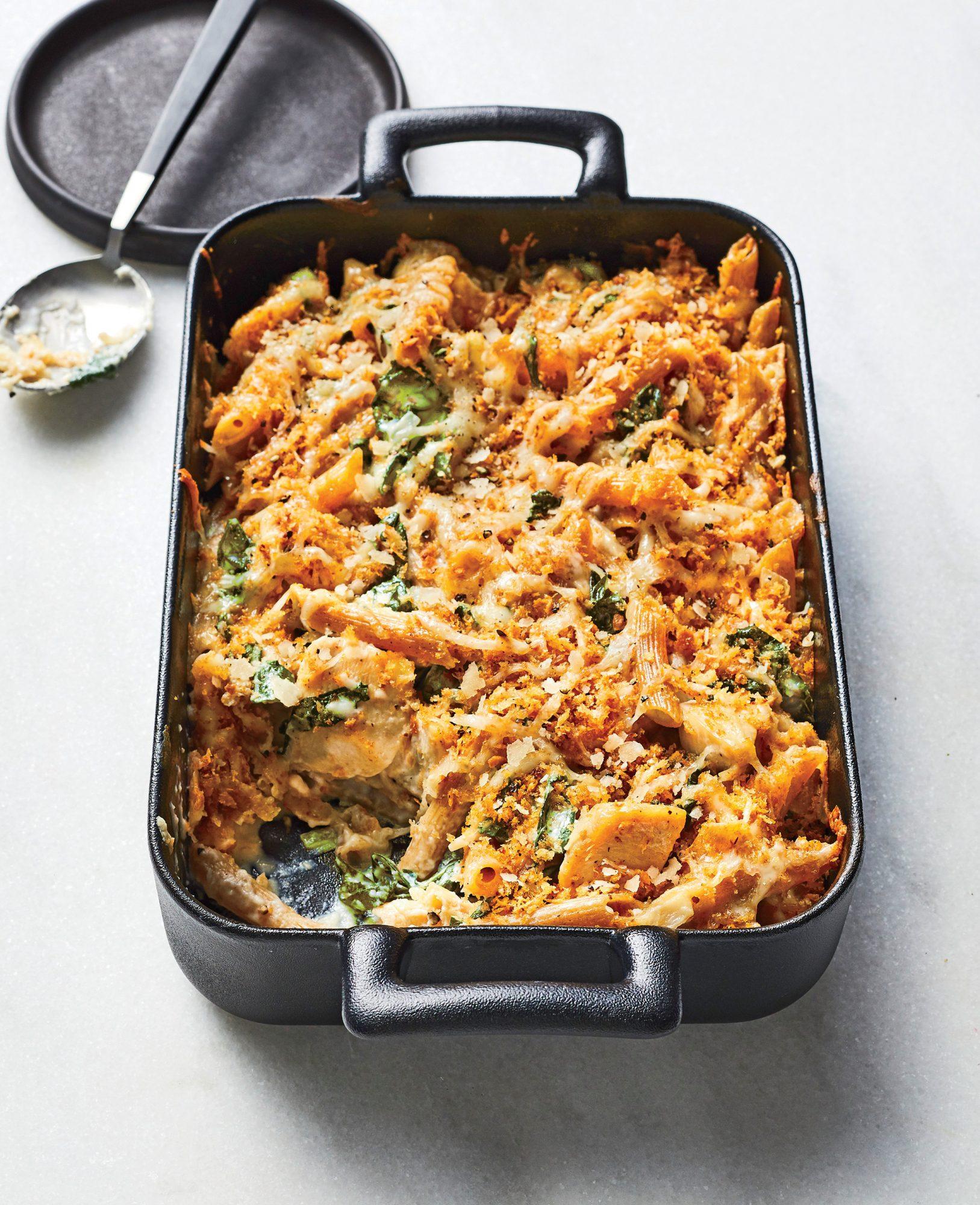 Chicken-and-Kale Alfredo Bake