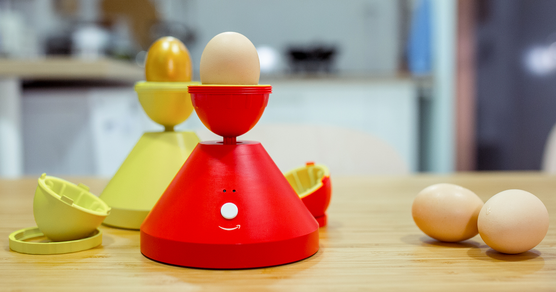 EC: This Gadget Lets You Scramble Eggs Inside Their Shell