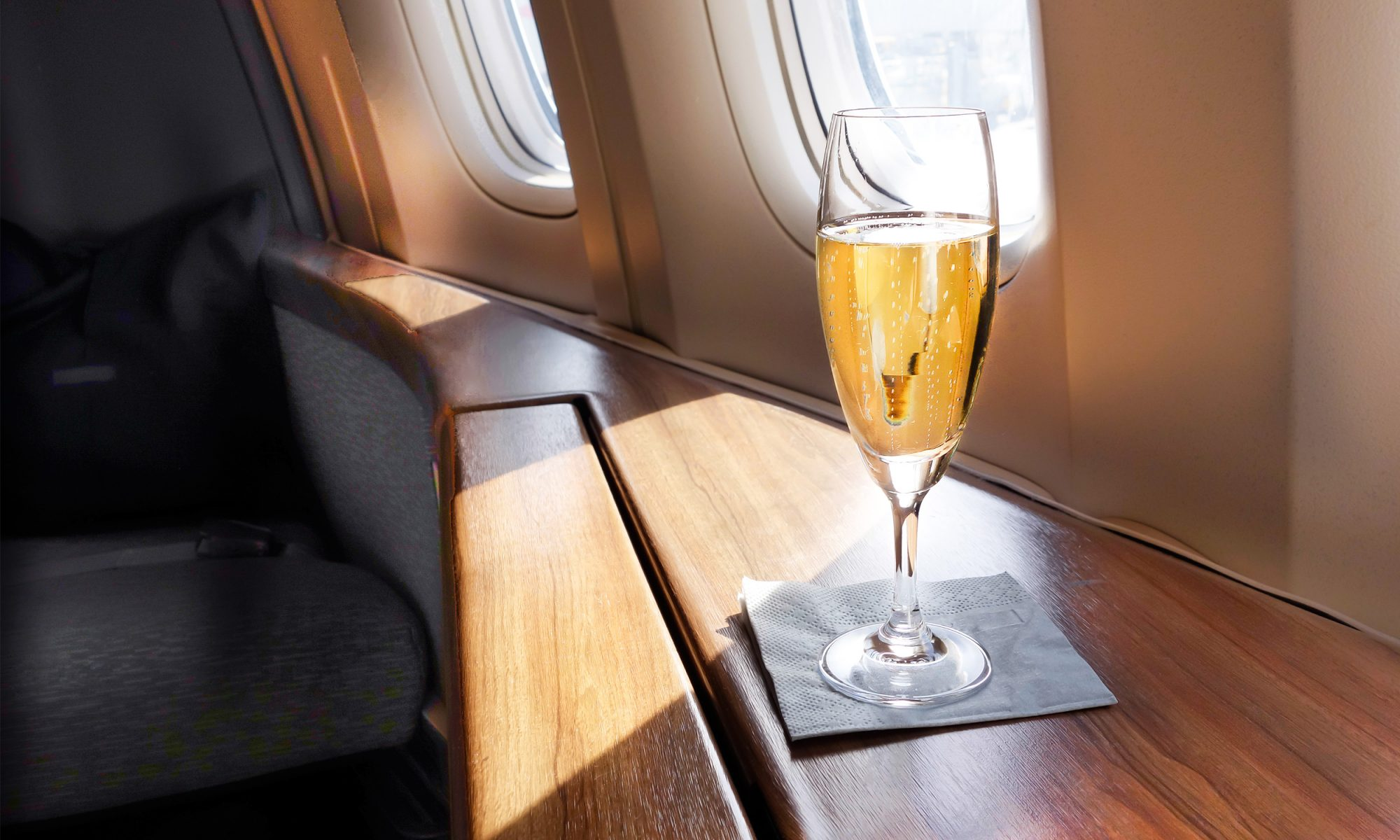 EC: Someone's Suing an Airline for Serving Sparkling Wine Instead of Champagne