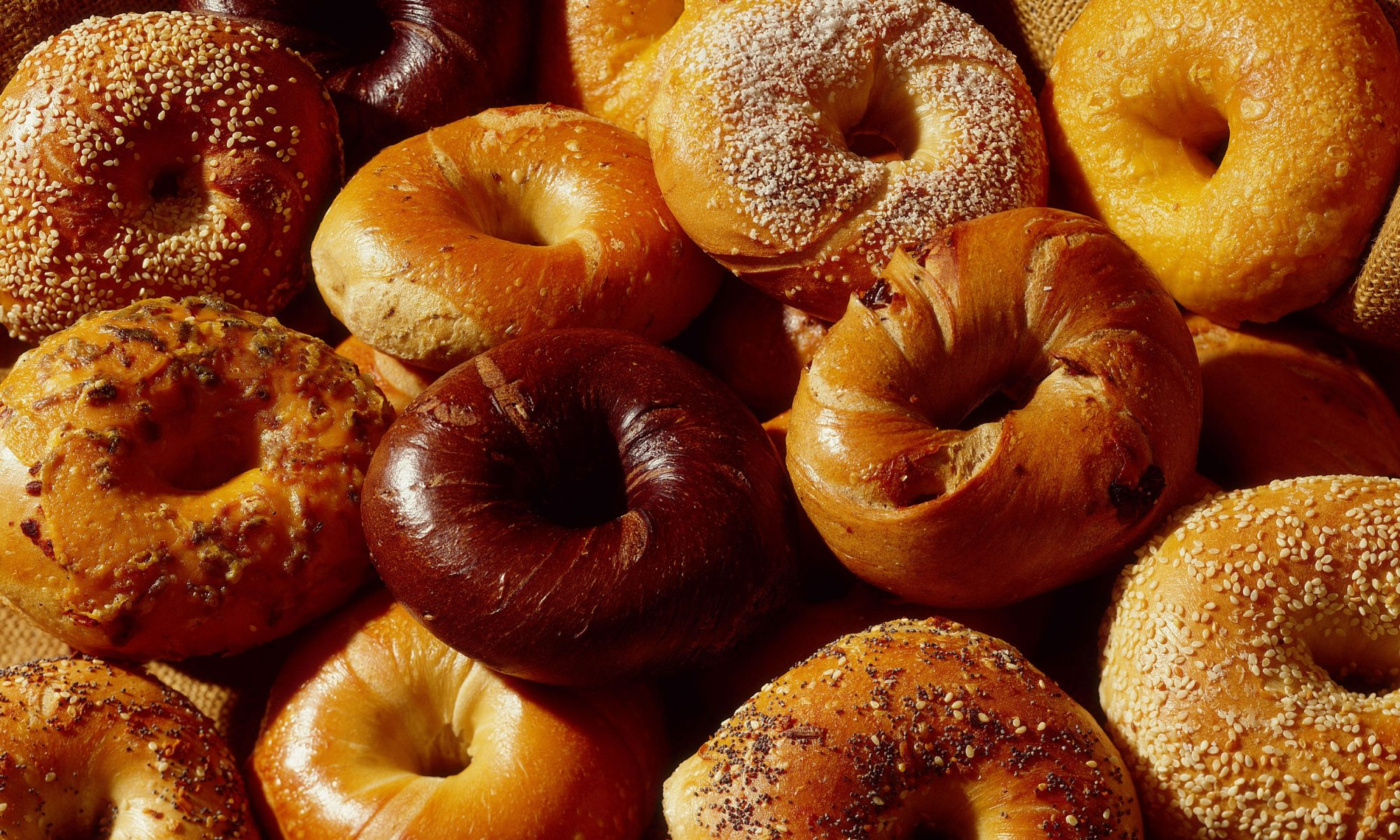 EC: People Are Making Whiskey from Stale Bagels Now