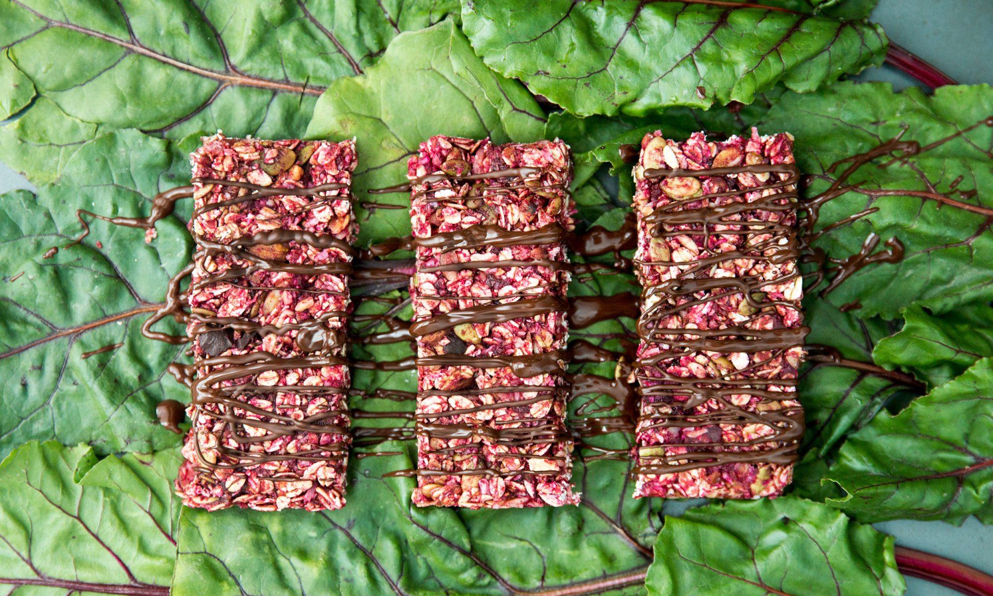No-Bake Beet Granola Bars
