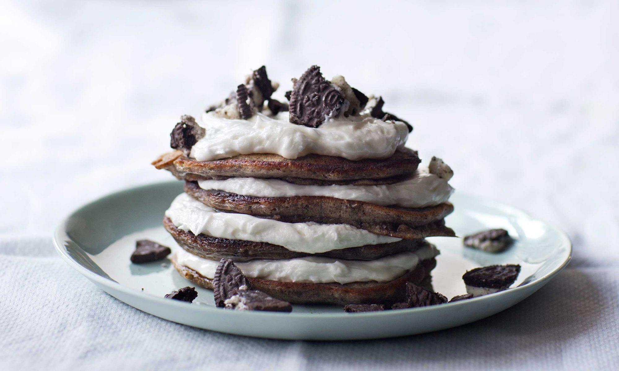 Chris Santos's Oreo Pancake Recipe Is a Brunch-Party Pleaser