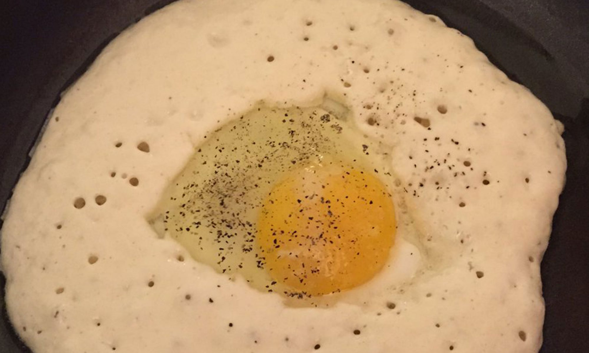 egg in a pancake