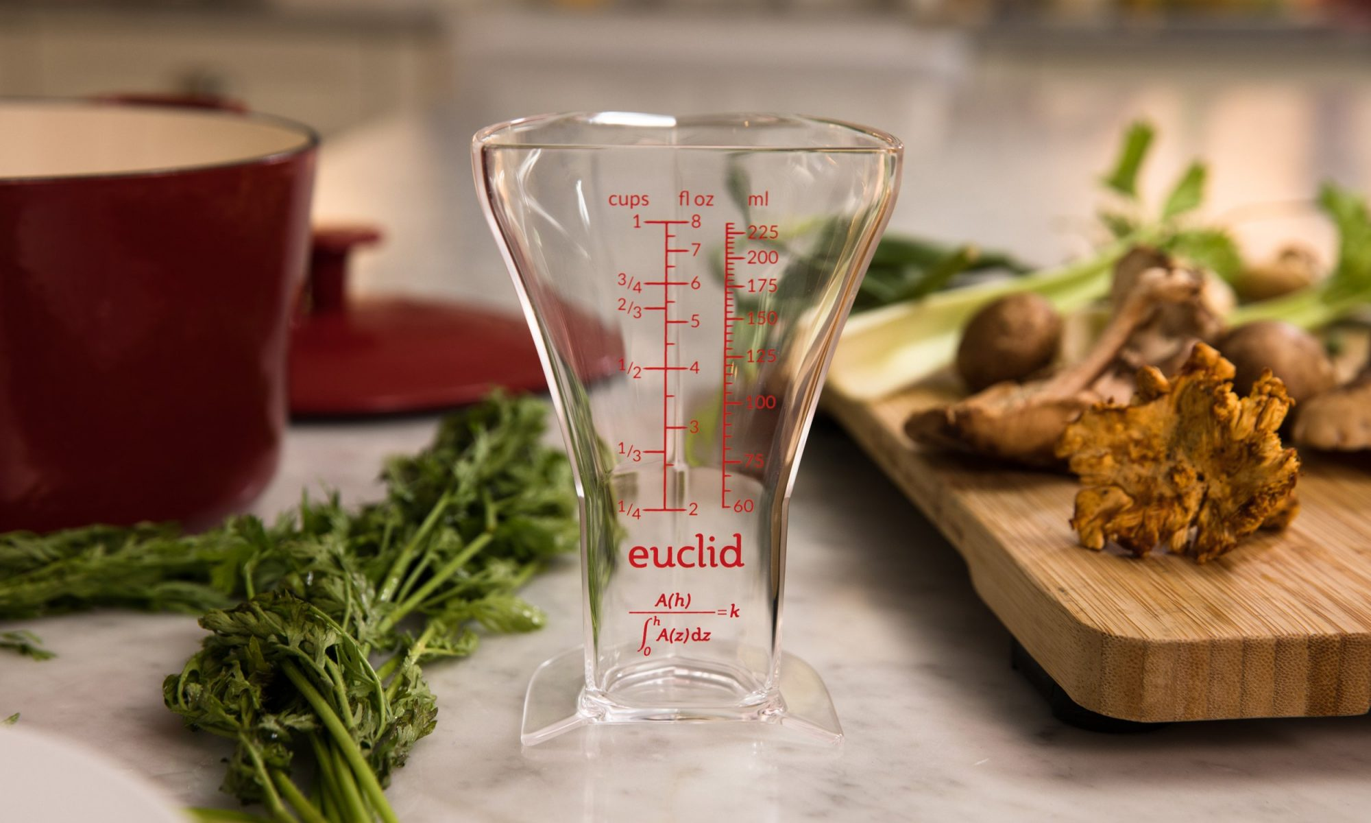 EC: This More Accurate Measuring Cup Was Designed by a Former Google and Facebook Employee