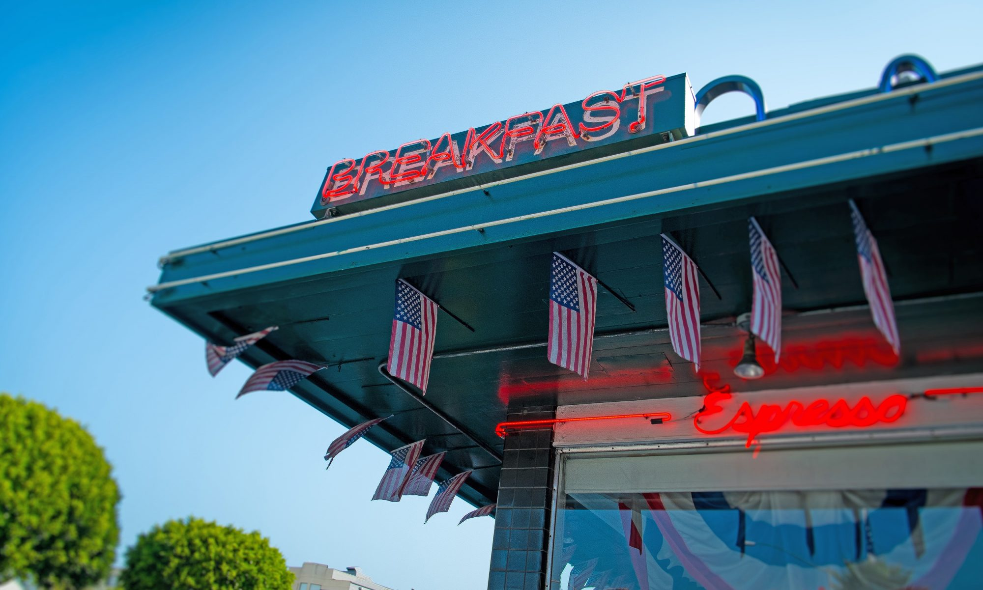 EC: Americans Love Breakfast, Perhaps More Than Babies