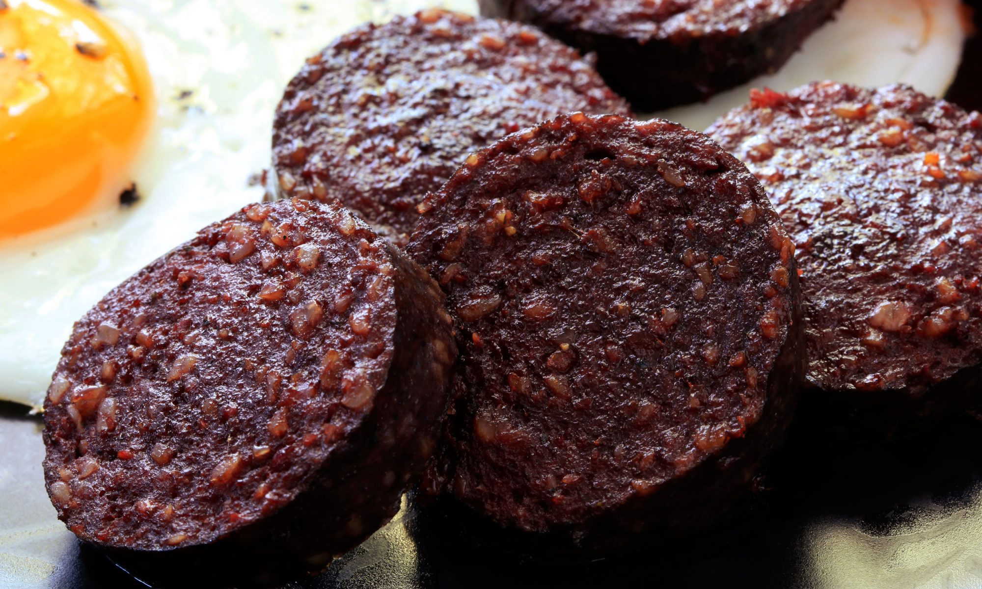 EC: 5 People from the United Kingdom Try to Explain Black Pudding