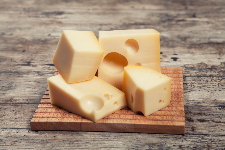 EC: Company Fined for Selling Fake Kosher Cheese to Jewish Summer Camps