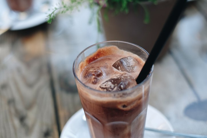 EC: Starbucks Will Start Serving Coffee from Taps