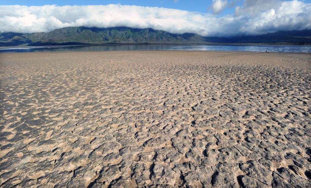 Day Zero draws near as Theewaterkloof dam slowly dries up in SA