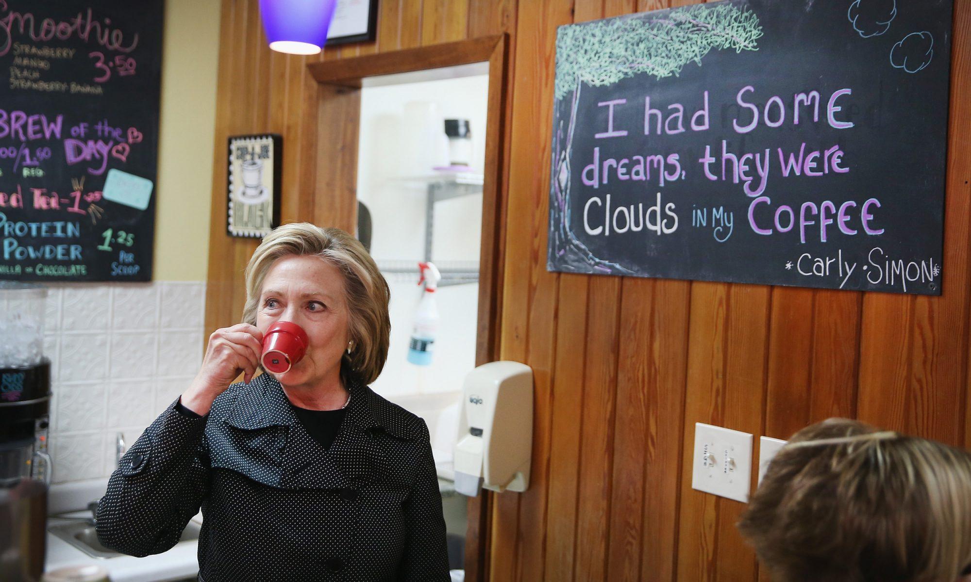 EC: Hillary Clinton's Solo Breakfast Isn't Sad, It's Zen