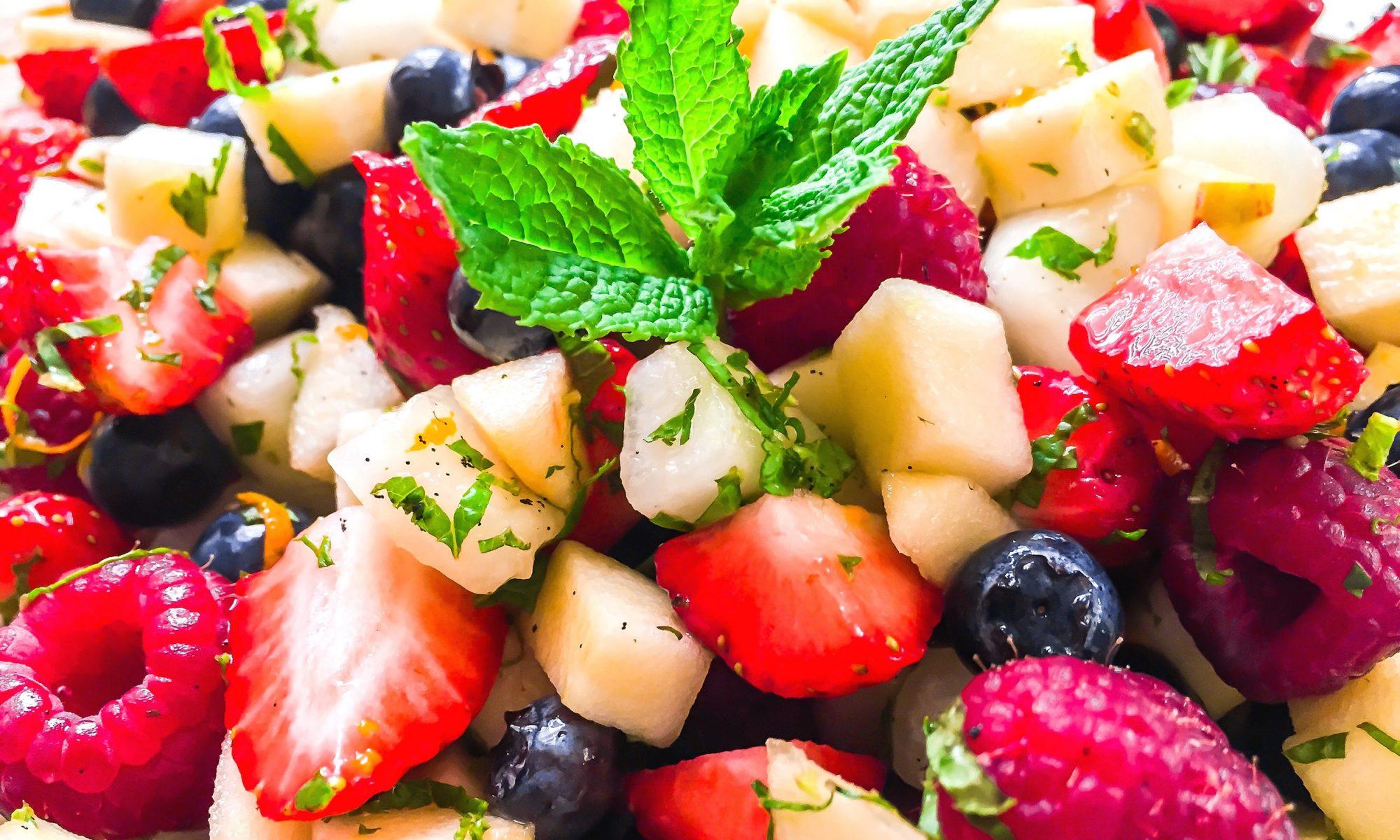 how to make boozy fruit salad