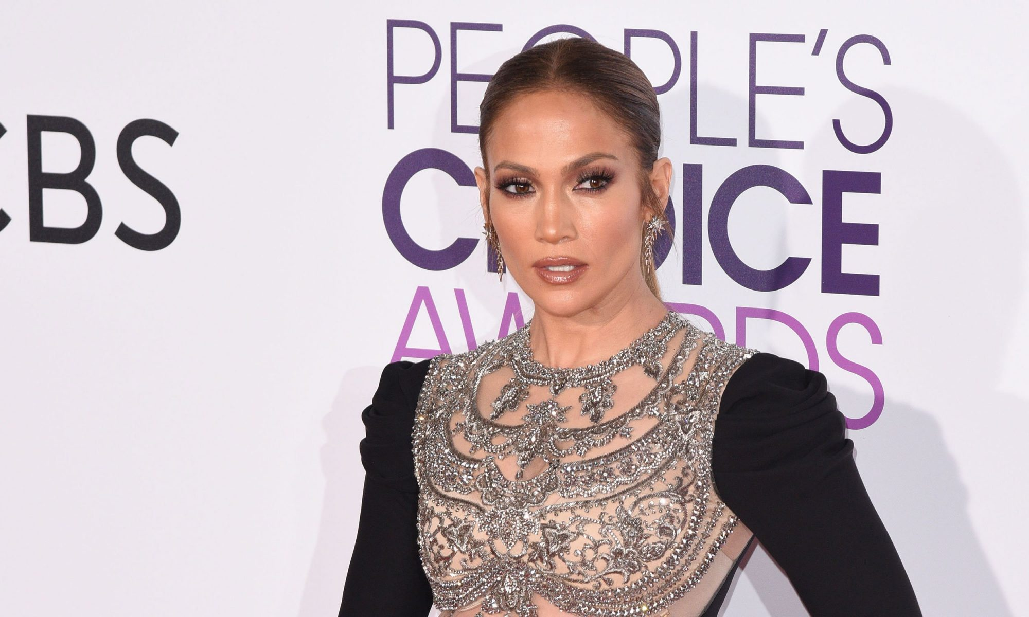 EC: What Jennifer Lopez Never Drinks