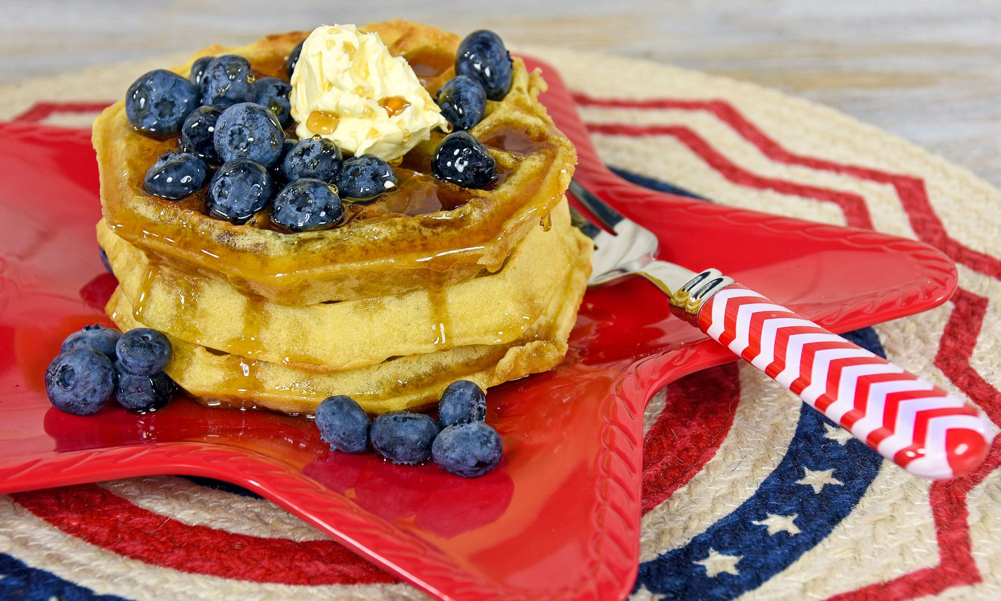 EC: Achieve Peak America With These Red White and Blue Pie Waffles
