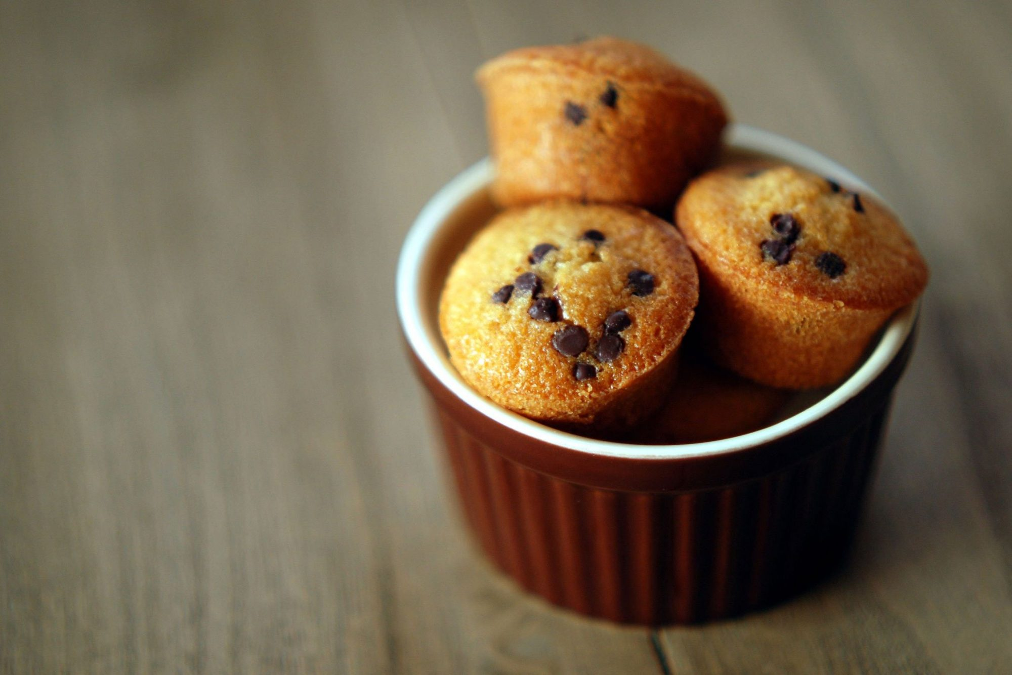 EC: A Mini Muffin Tin Will Give You the Muffin You Deserve