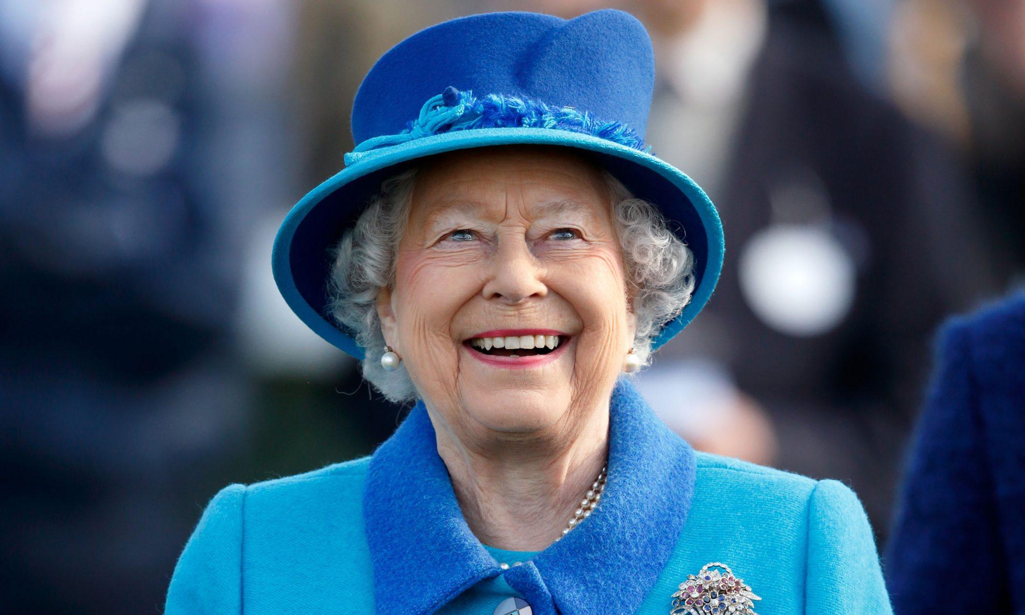 EC: This Is How Queen Elizabeth Makes Pancakes