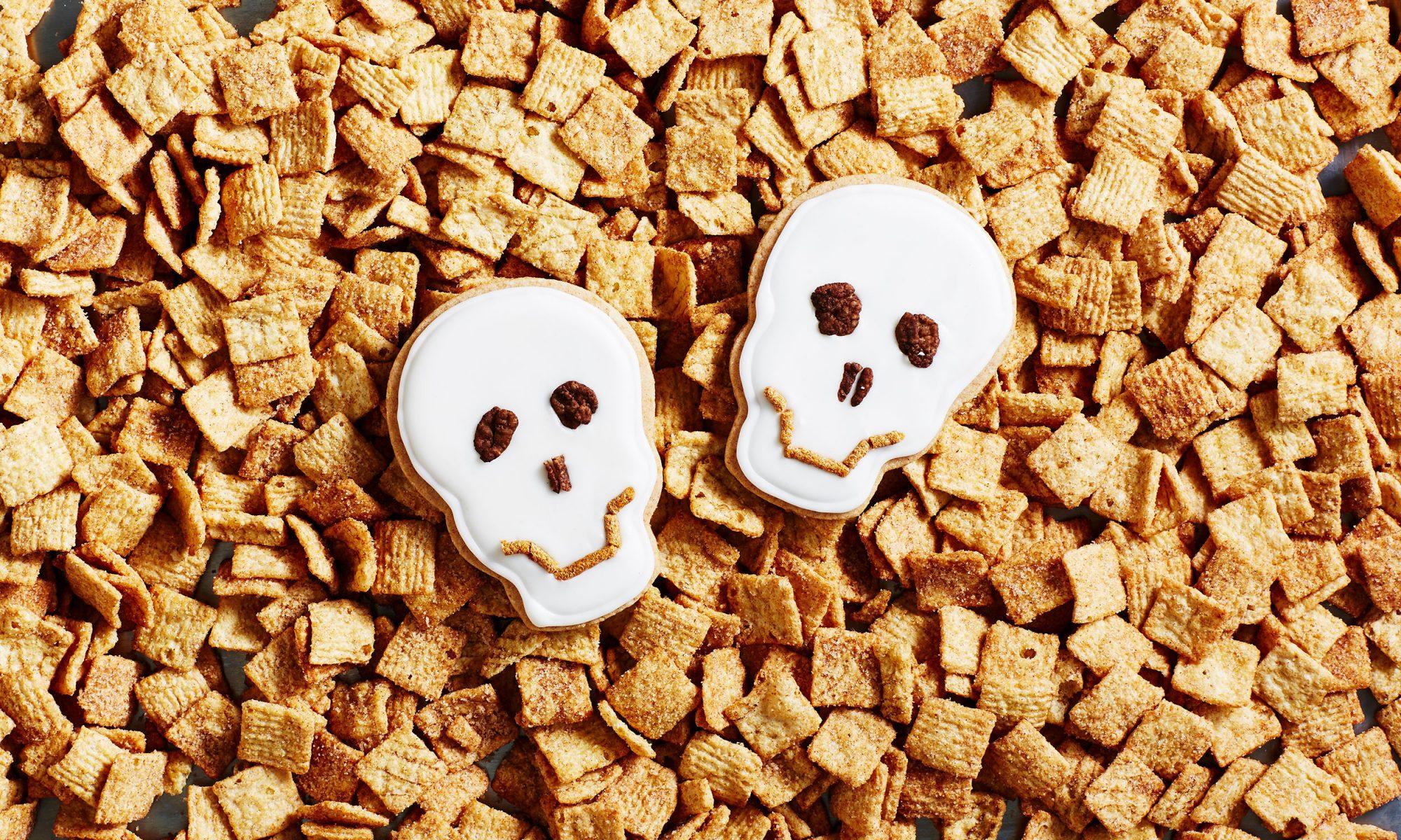 Cinnamon Sugar Skull Cookies