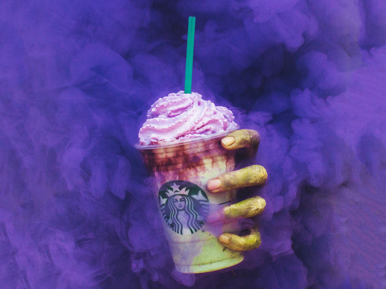 EC: The Starbucks Zombie Frappuccino Is Finally Here