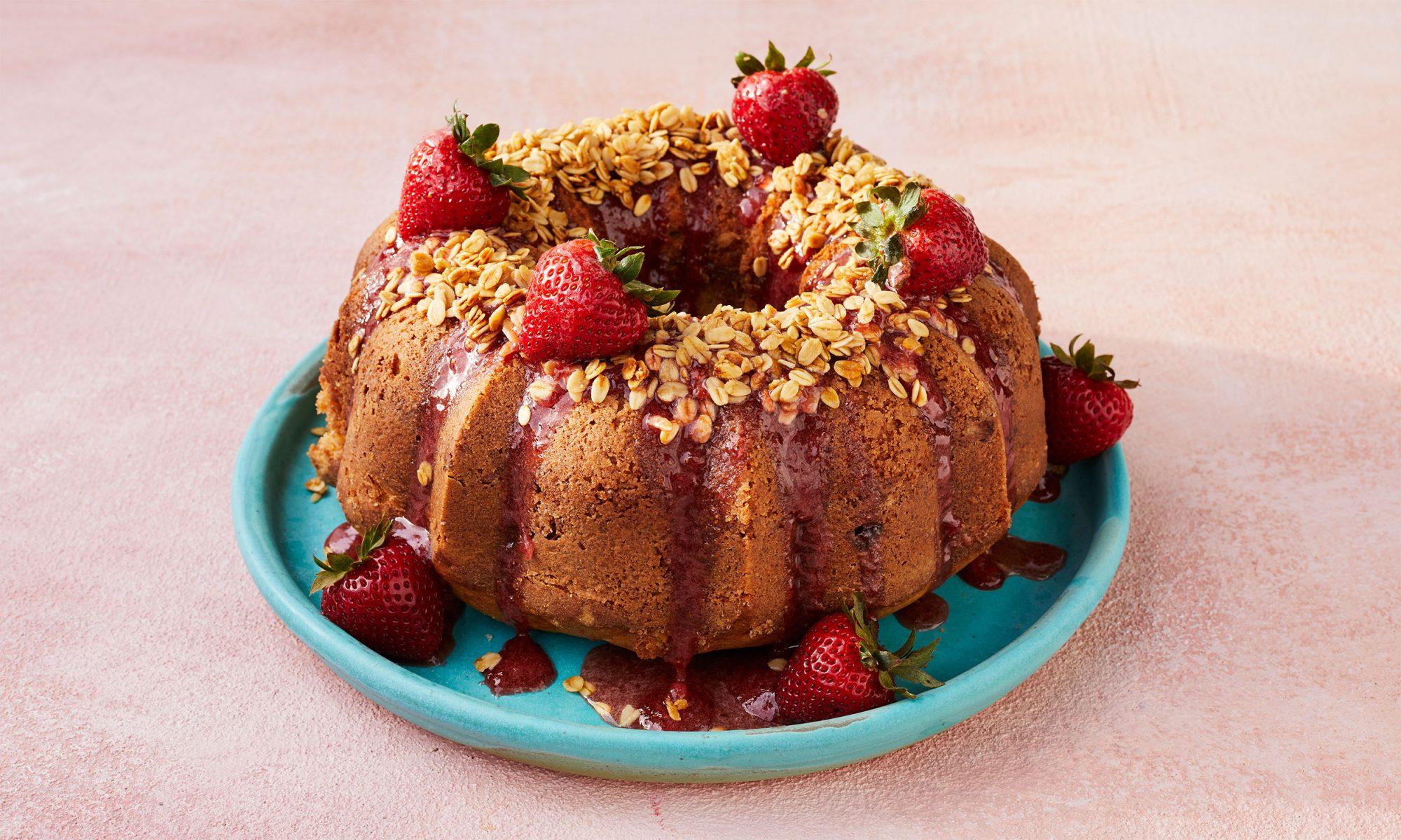 strawberry prosecco coffee cake video hero