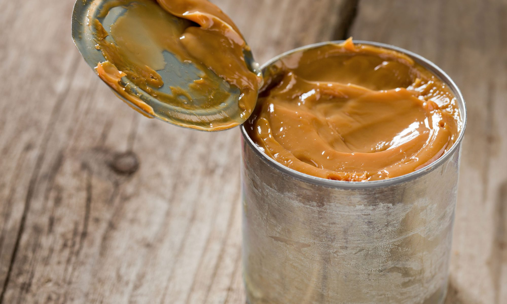 Transform a Can of Sweetened Condensed Milk Into Dulce de Leche