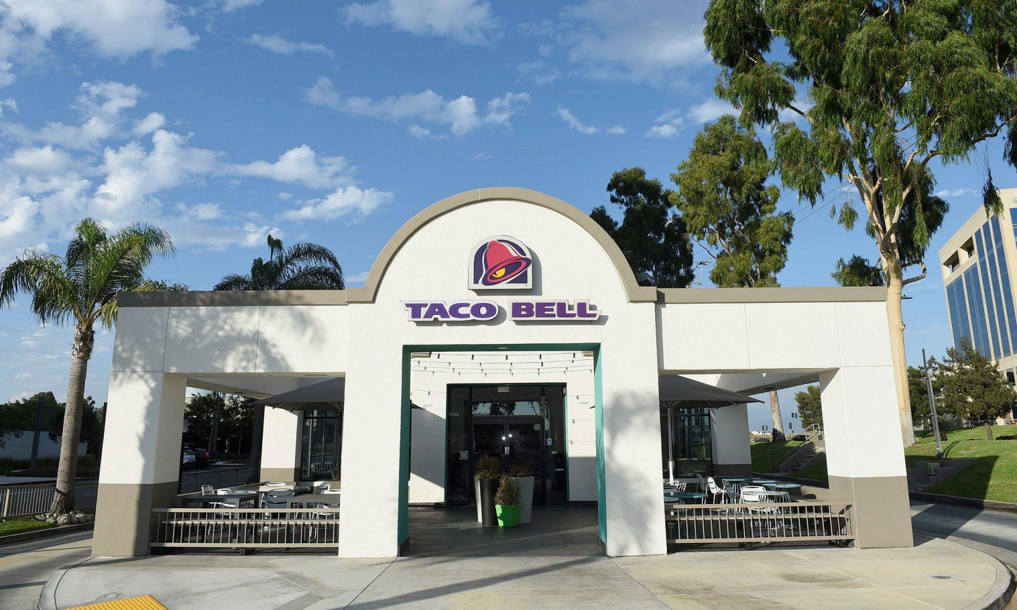EC: Taco Bell Sells Beer Now