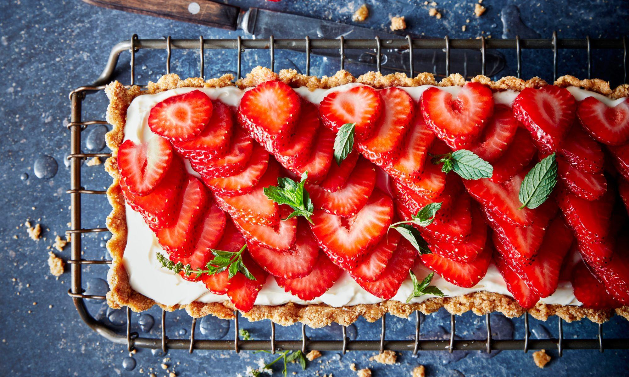 EC: Rosé-Glazed Strawberry Tart