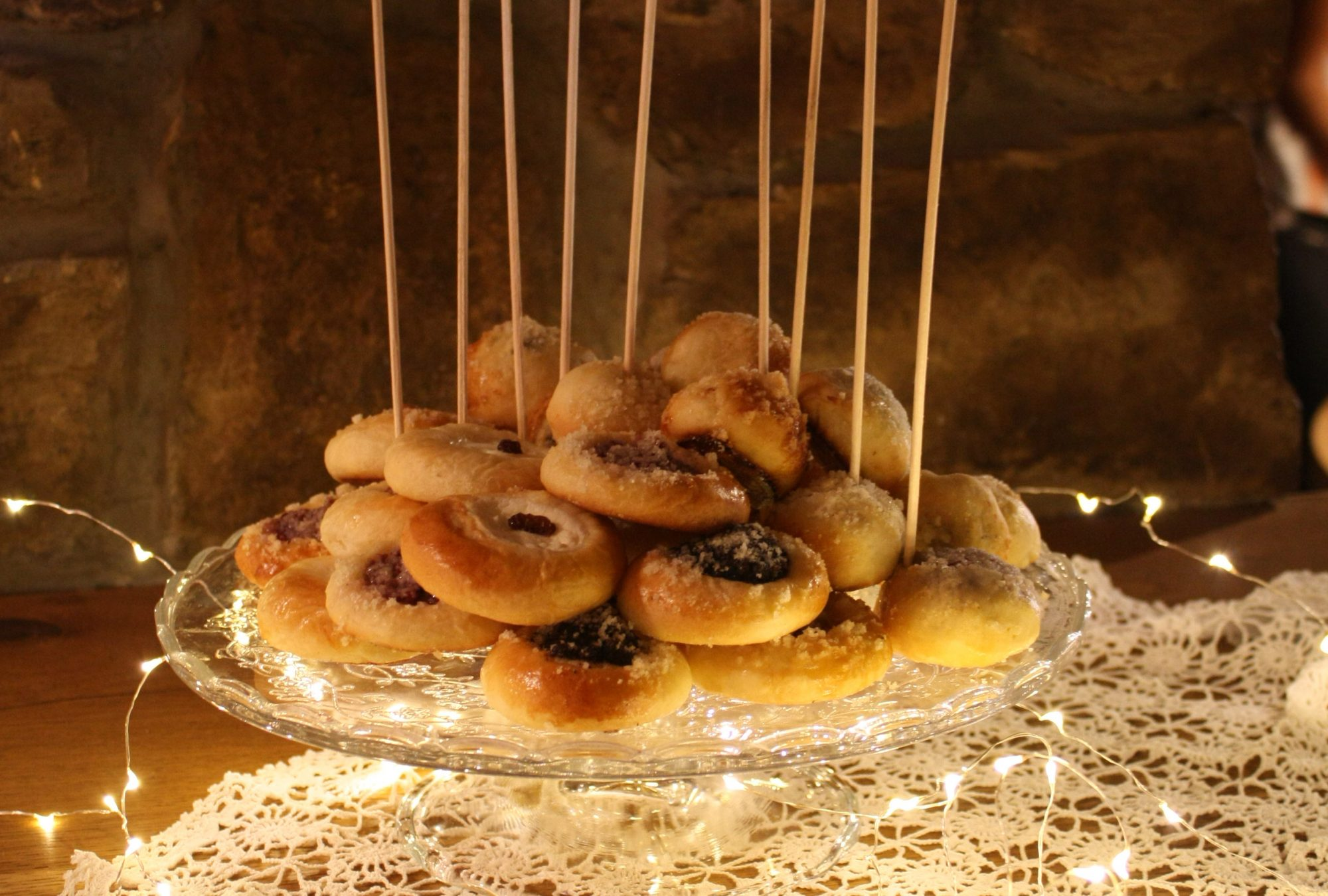 A plate of wedding kolaches