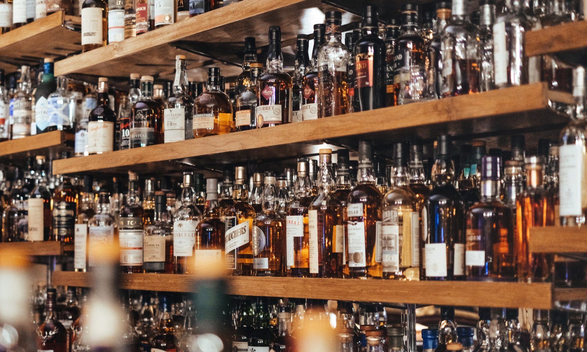 EC: French Thieves Steal $800,000 of Rare Whisky from Parisian Liquor Store