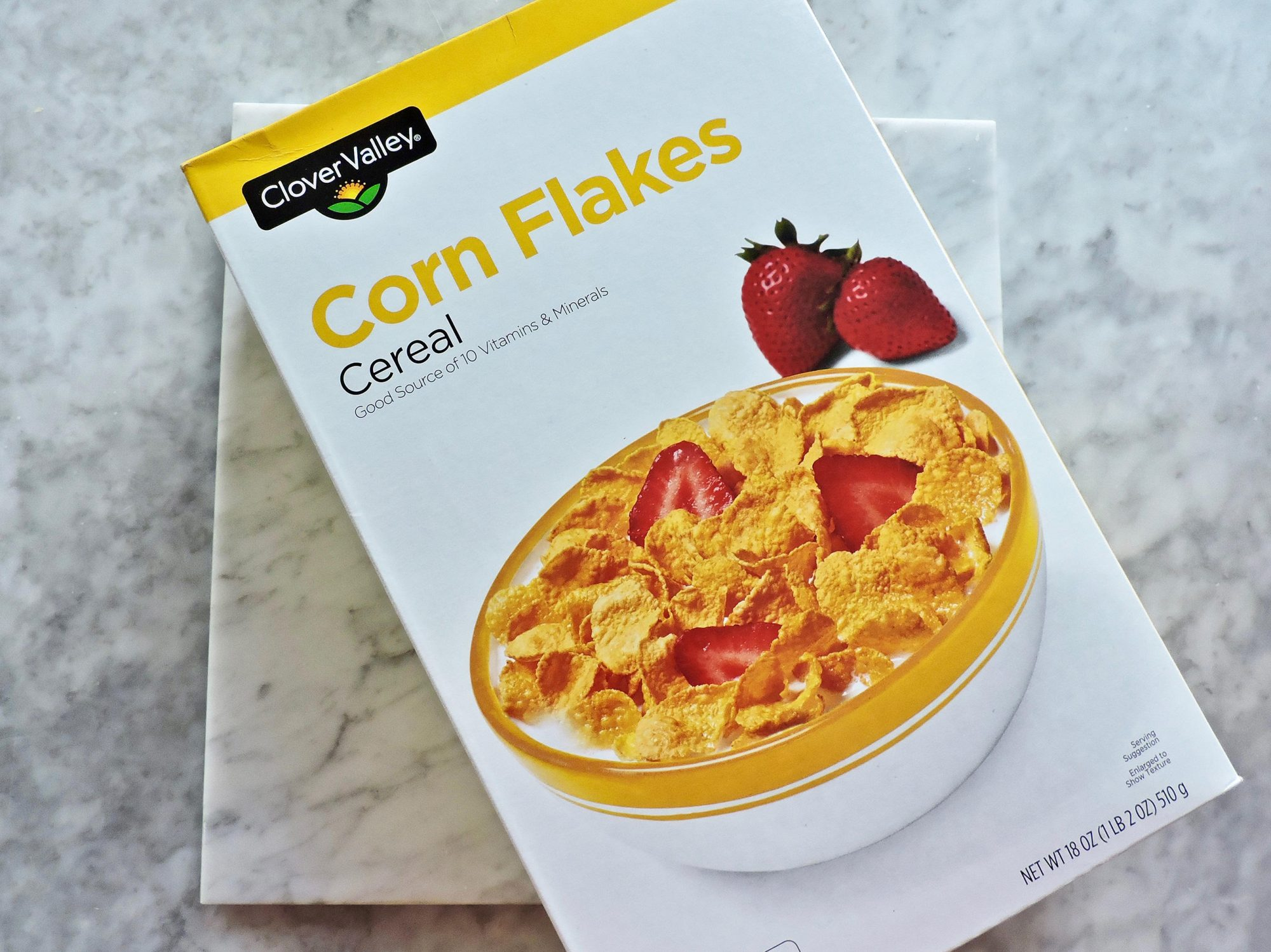 10 Surprisingly Healthy Foods You Can Buy at Dollar General 1802w-Dollar-General-Corn-Flakes