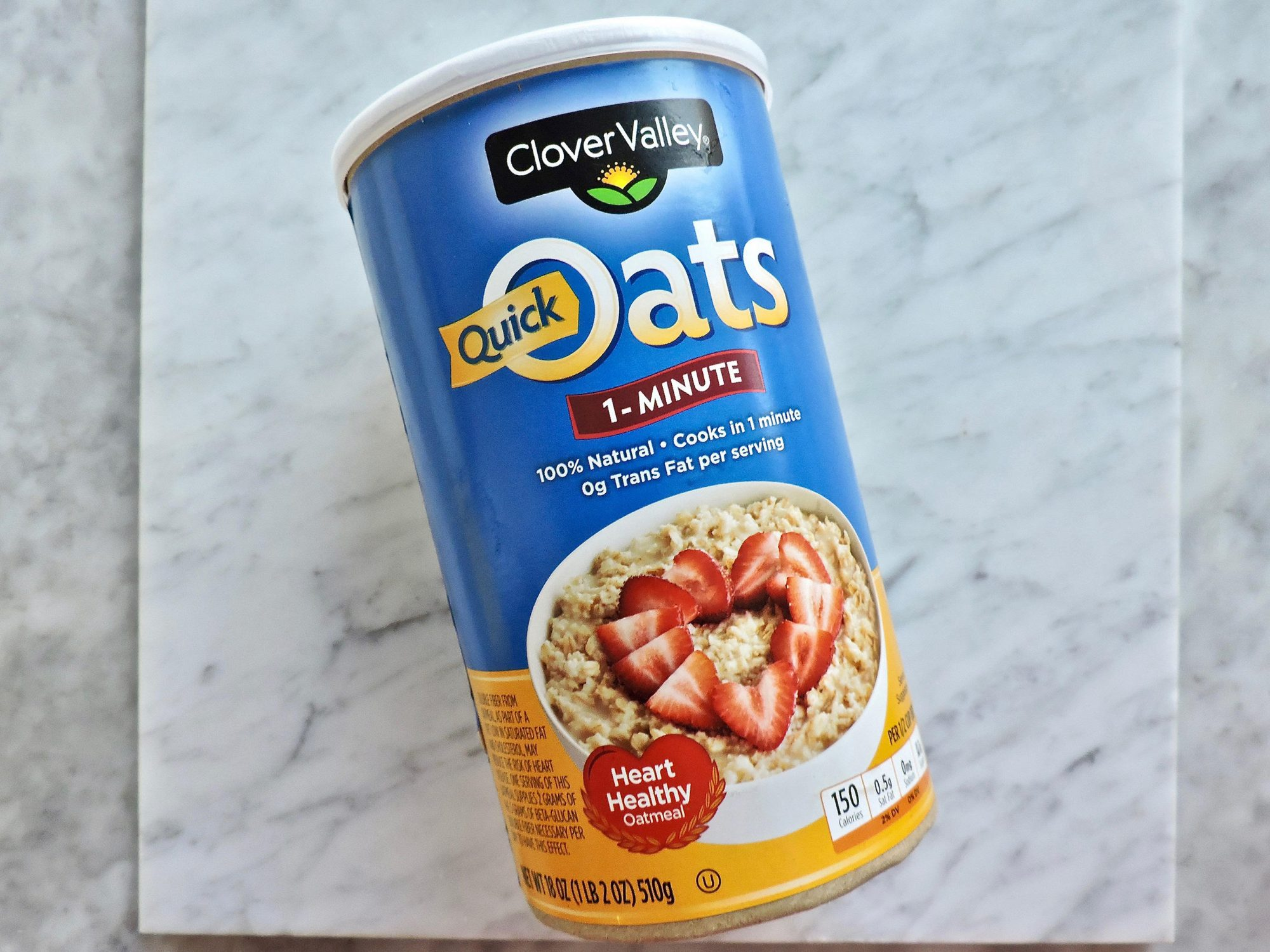10 Surprisingly Healthy Foods You Can Buy at Dollar General 1802w-Dollar-General-Oats