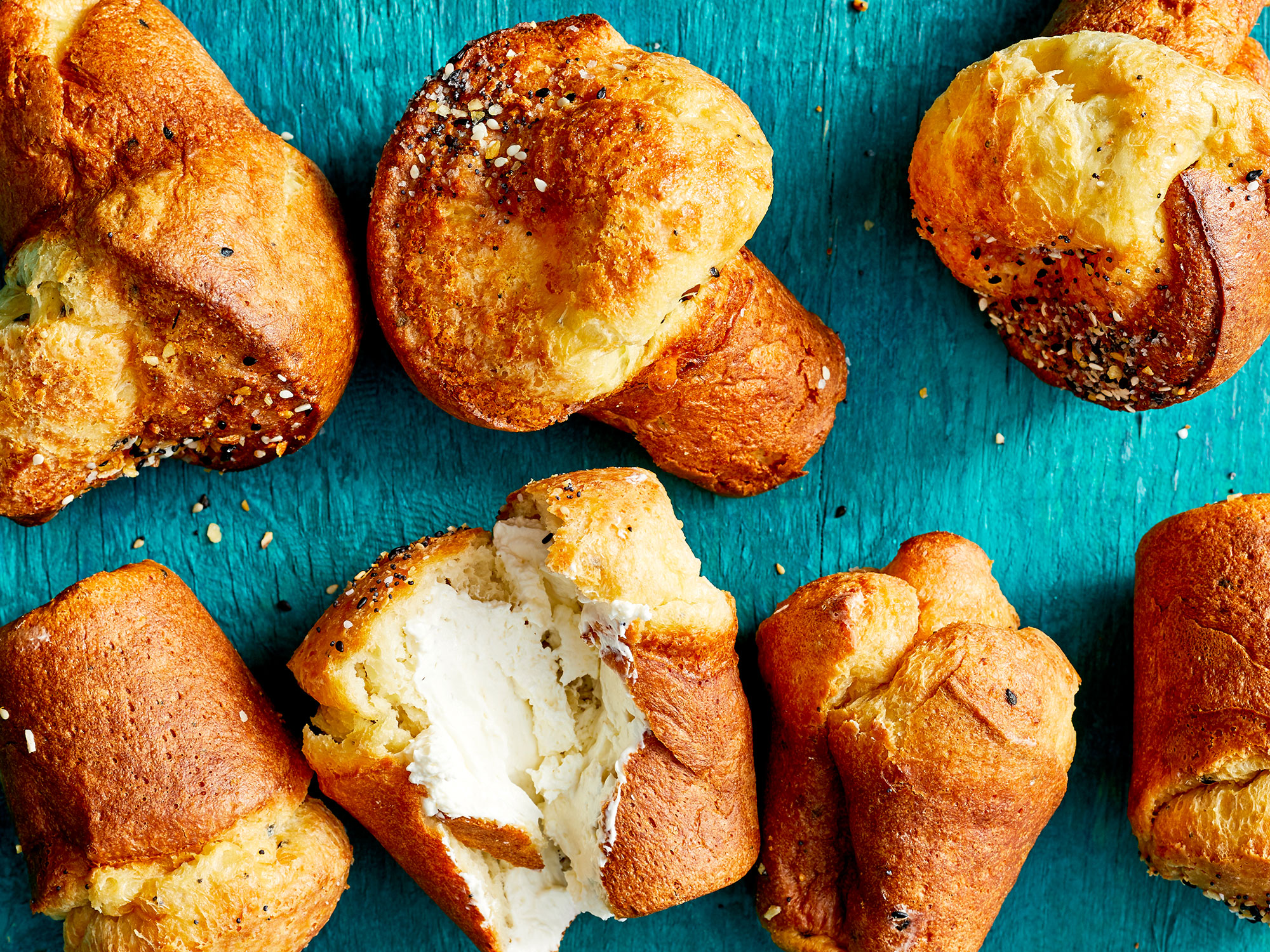 ec-video-everything-bagel-popovers-inline.jpg