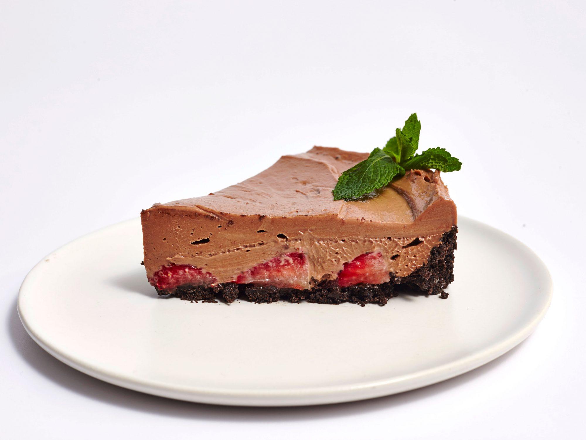 No-Bake Strawberry Nutella Cheesecake